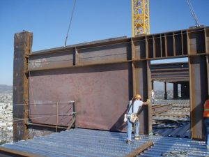 سیستم دیوار برشی فولادی به عنوان یکی از سیستم های بار بر جانبی سازه