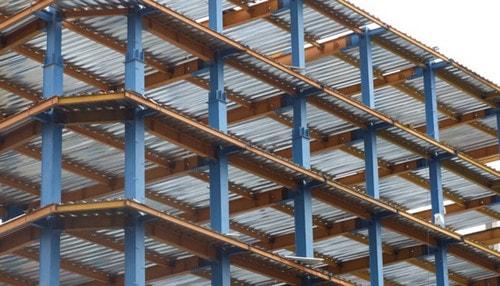 ساختمان با سیستم قاب خمشی فولادی