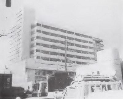 ایجاد طبقه نرم در طبقان میانی ساختمان در زلزلخ کوبه