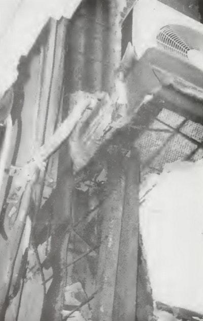 تخریب سازه ی فولادی زنگ زده شده در زلزله