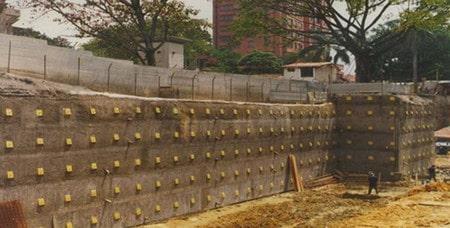 گودبرداری حفاظتشده یکی از انواع روش های گود بردای اصولی ساختمان