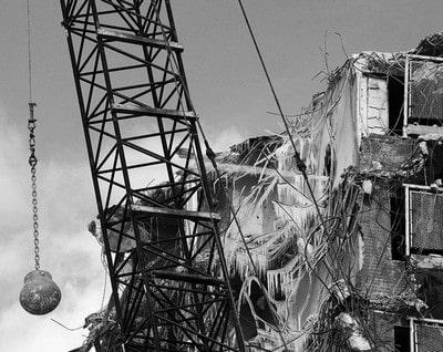 تخریب ساختمان با گوی
