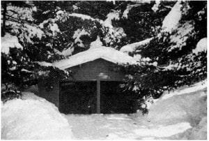 بار برف در سوله (بام برفگیر)